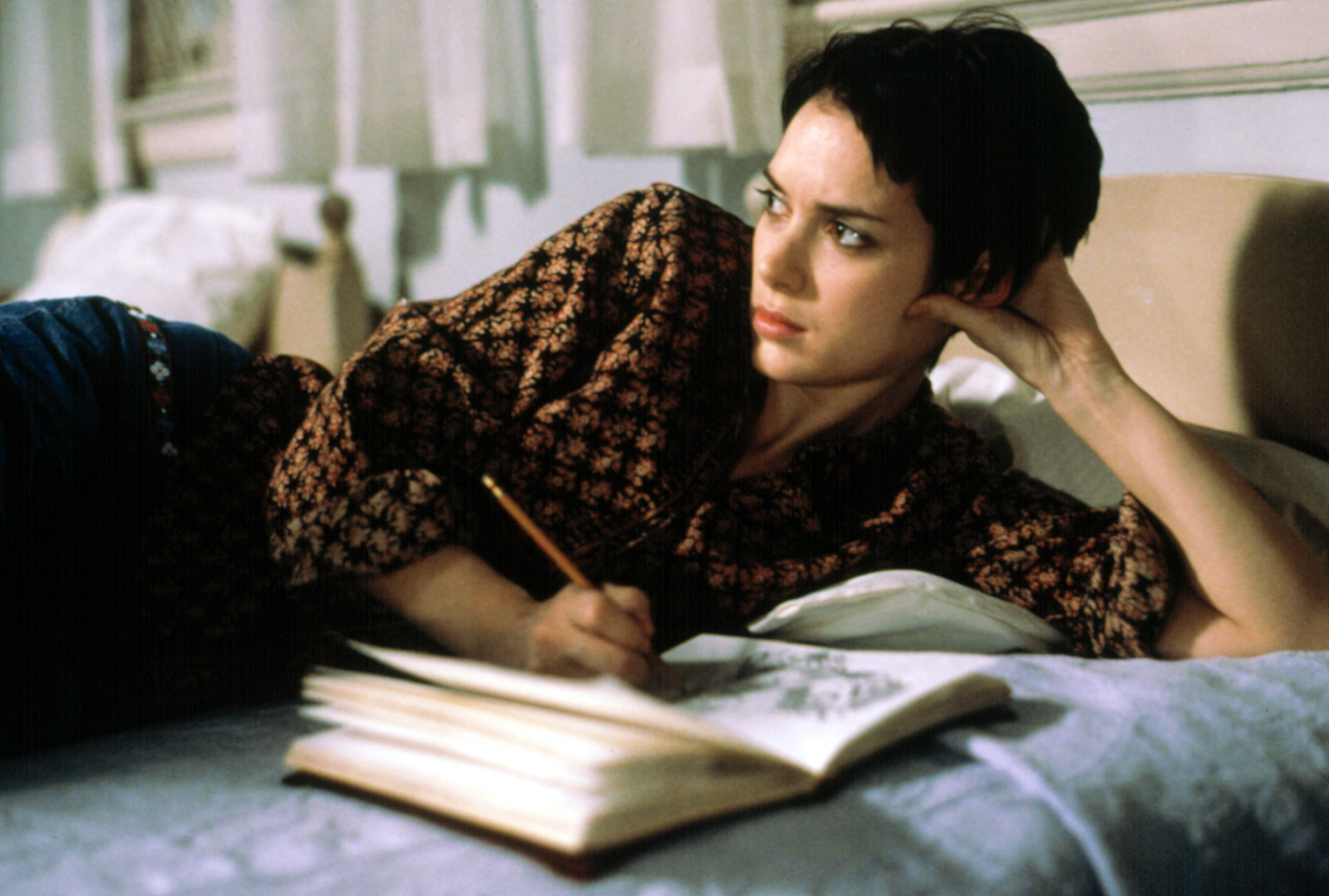 """Winona Ryder writing in a journal in """"Girl, Interrupted"""""""