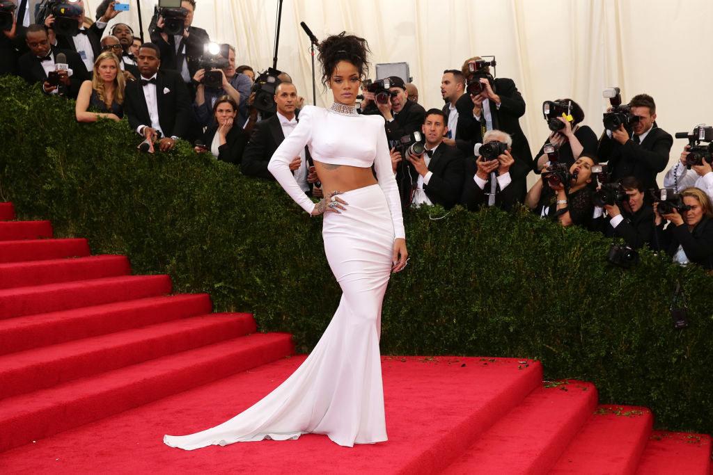 Rihannaarriving at the Met Gala carpet