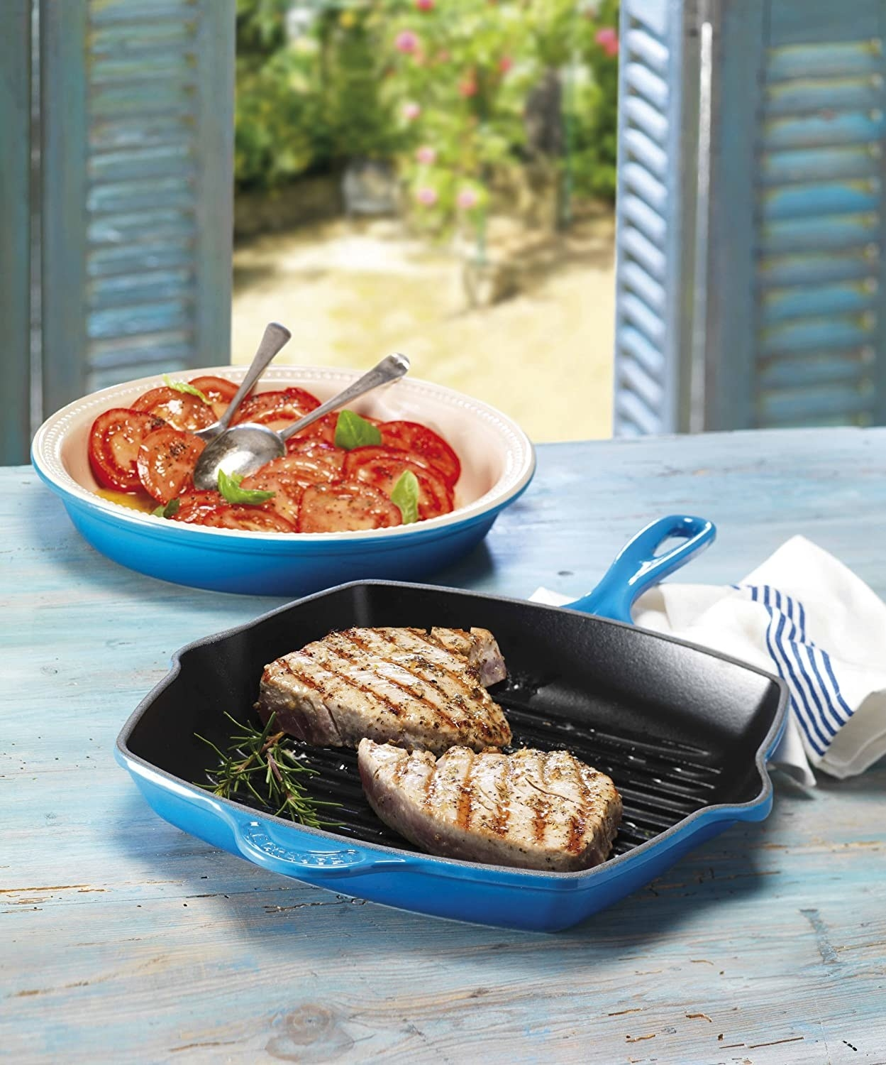 the grille pan in blue with seared tuna steaks