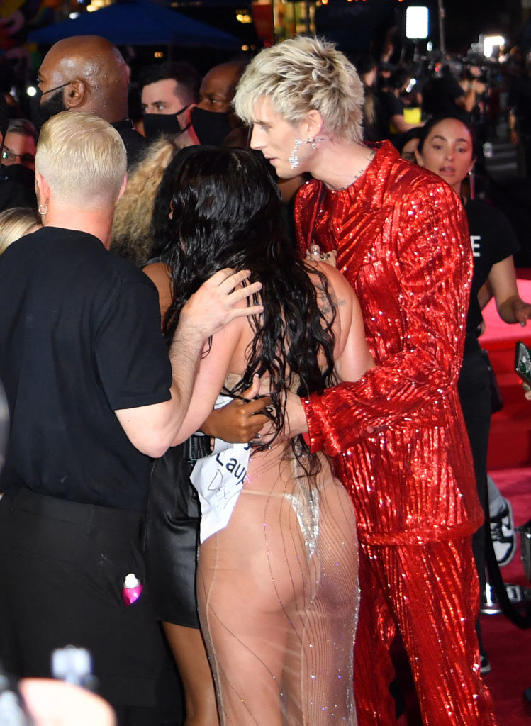Machine Gun Kelly and US actress Megan Fox arrive for the 2021 MTV Video Music Awards