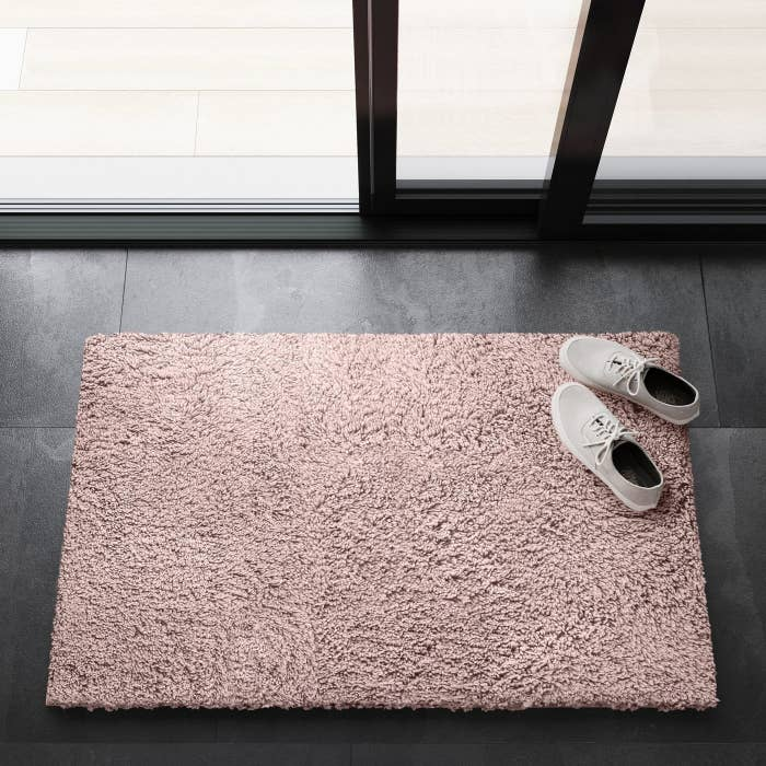 the rug in pink
