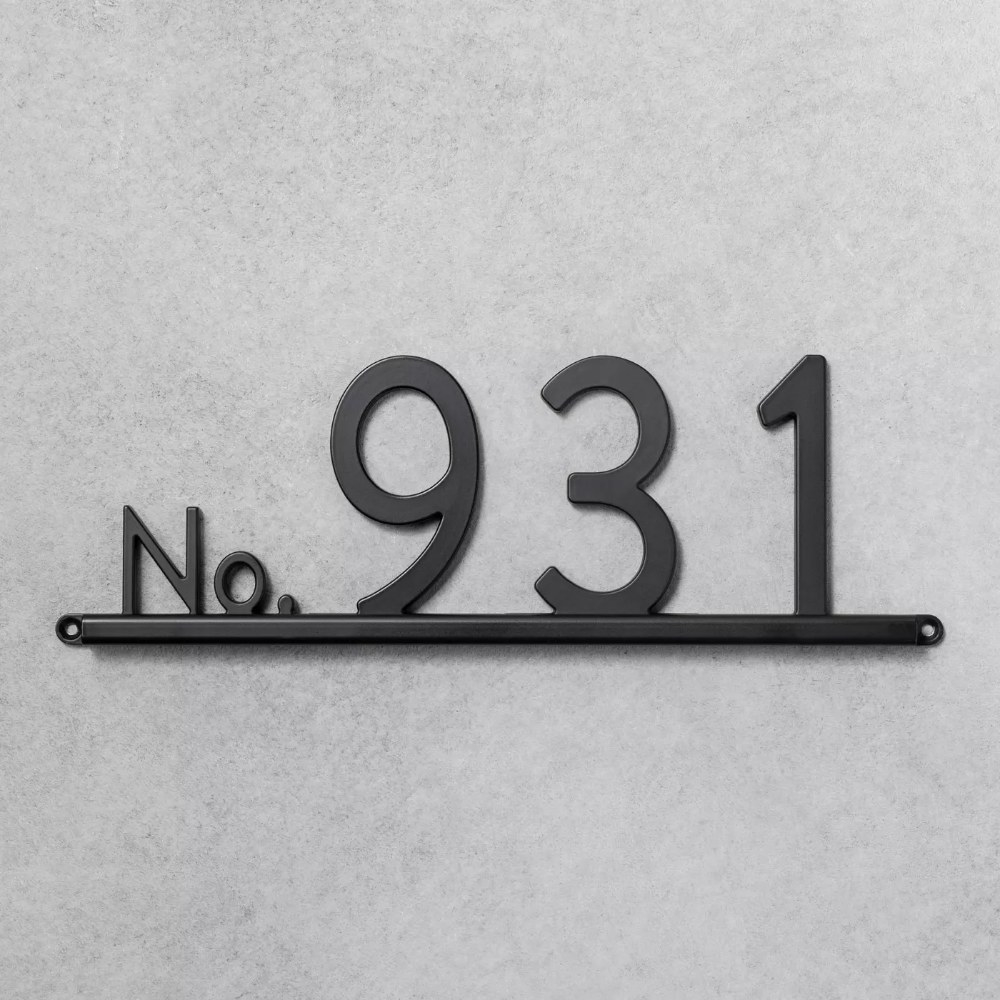 The house number channel bracket with four spaces
