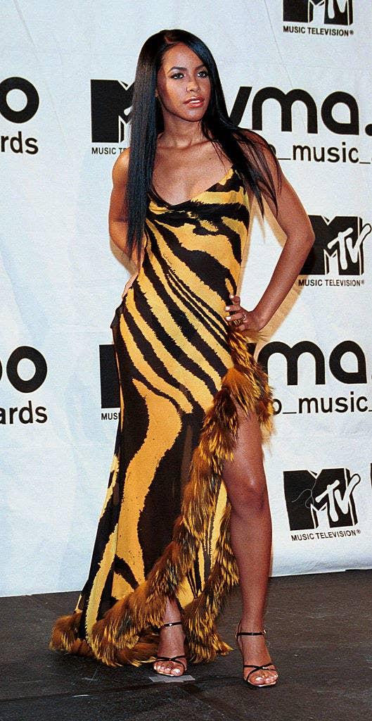 Aaliyah at theMTV VIDEO MUSIC AWARDS 2000