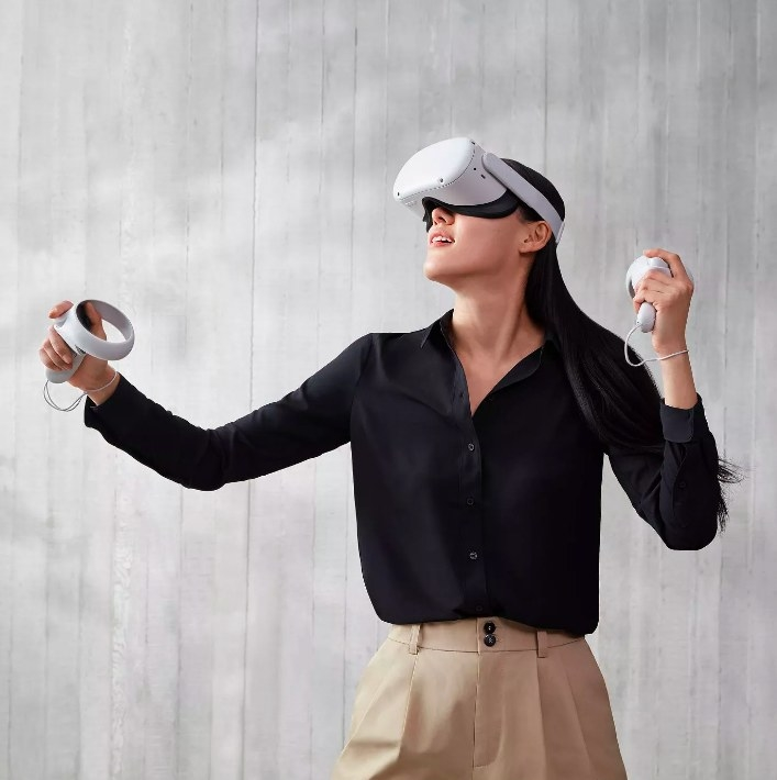 Model wearing the VR headset and immersed in a virtual experience