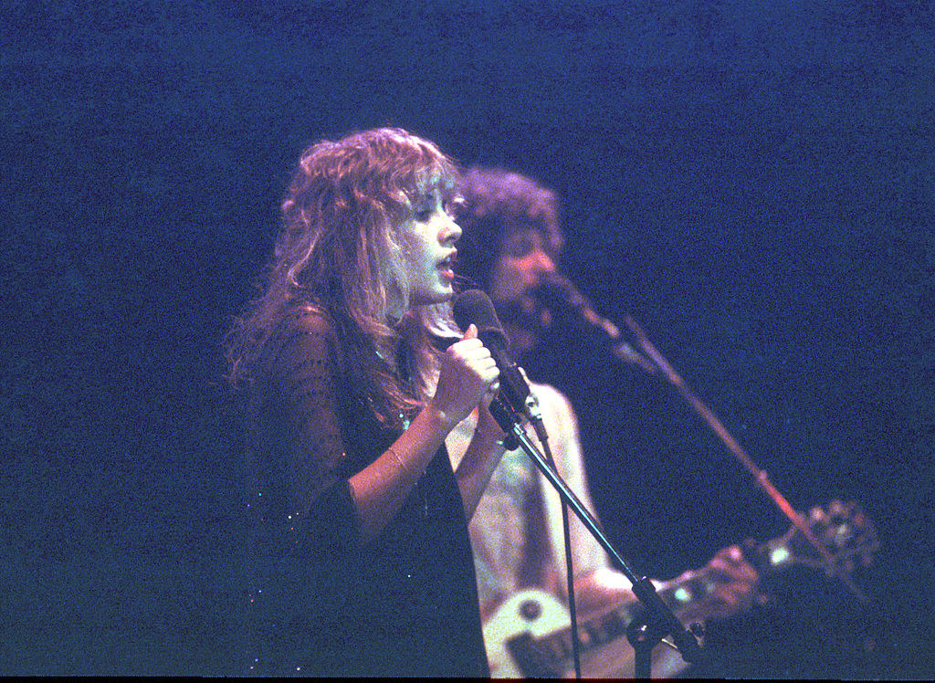 Stevie and Lindsey perform together
