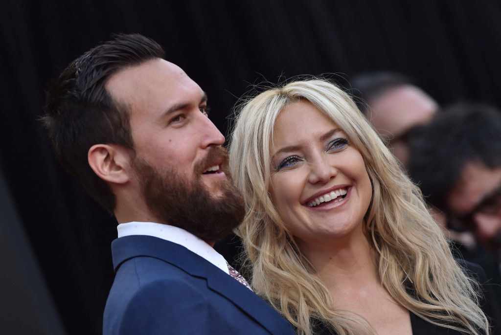 Kate Hudson and Danny Fujikawa arrive at the premiere of 20th Century Fox's 'Snatched'