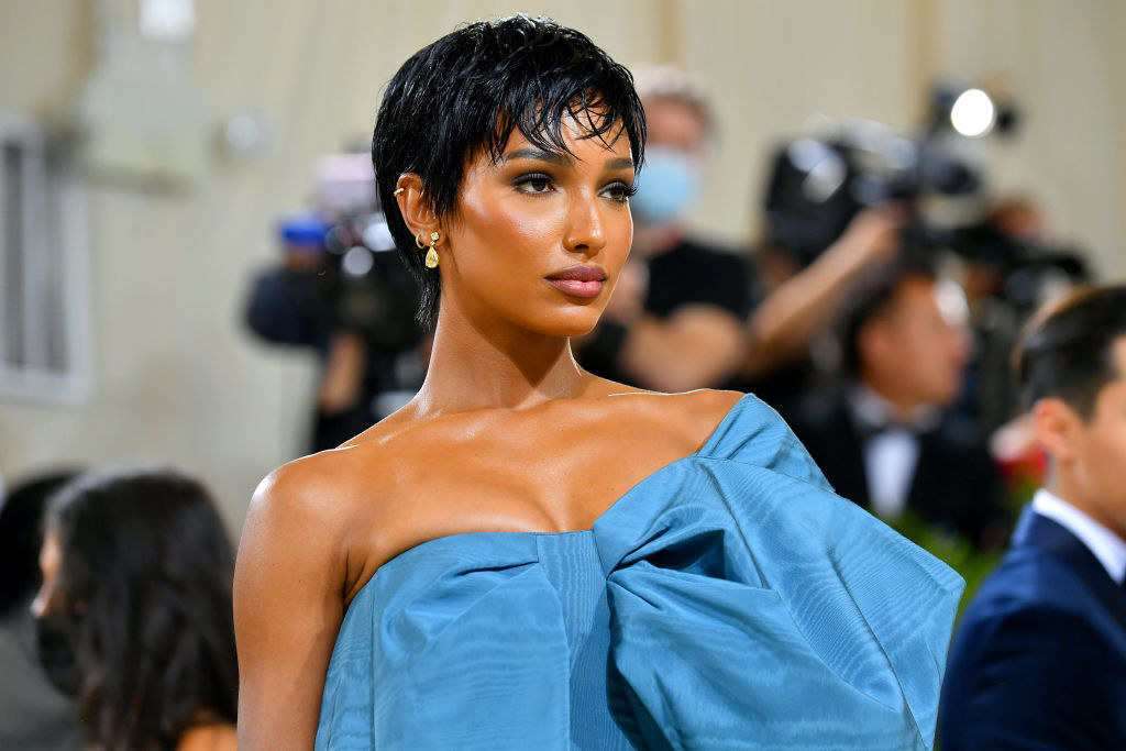 A close up of Jasmine Tookes as she poses on the Met Gala steps