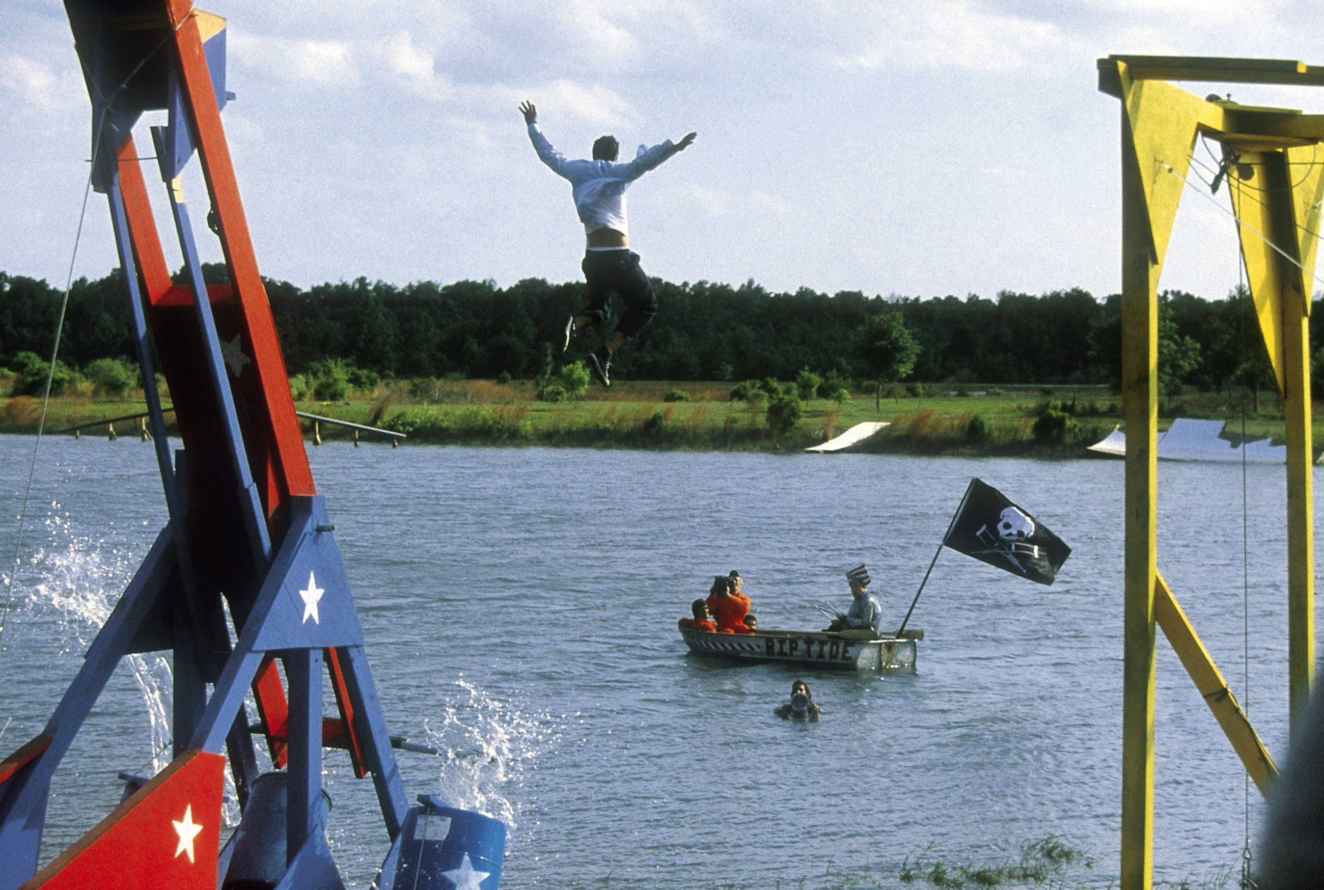 Johnny Knoxville getting flung into the water