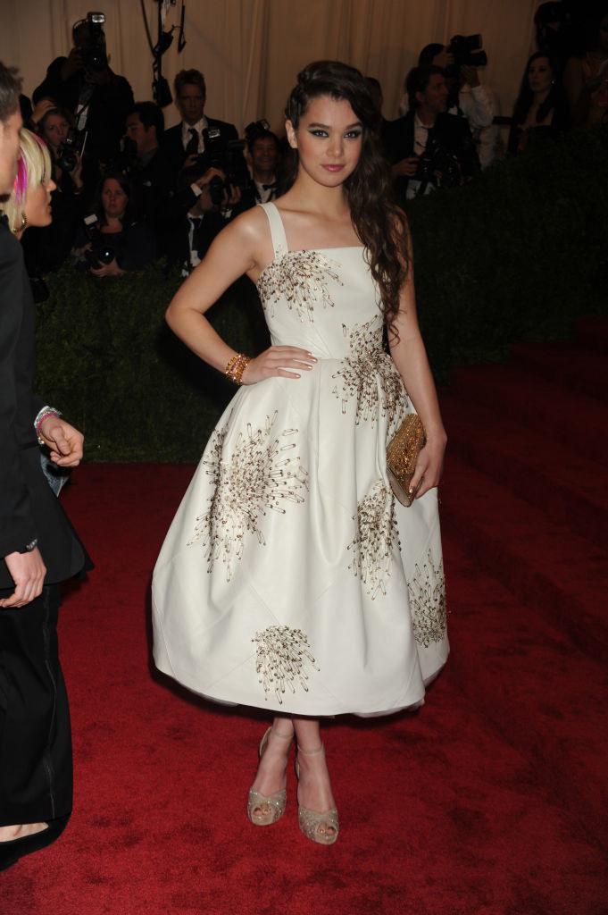 Hailee wore a light-colored tea-length dress