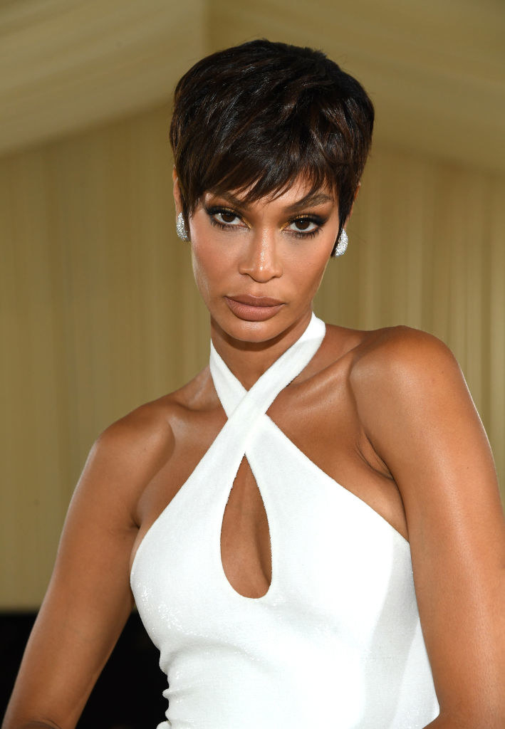 A close up ofJoan Smalls as she shows off her dark eye makeup