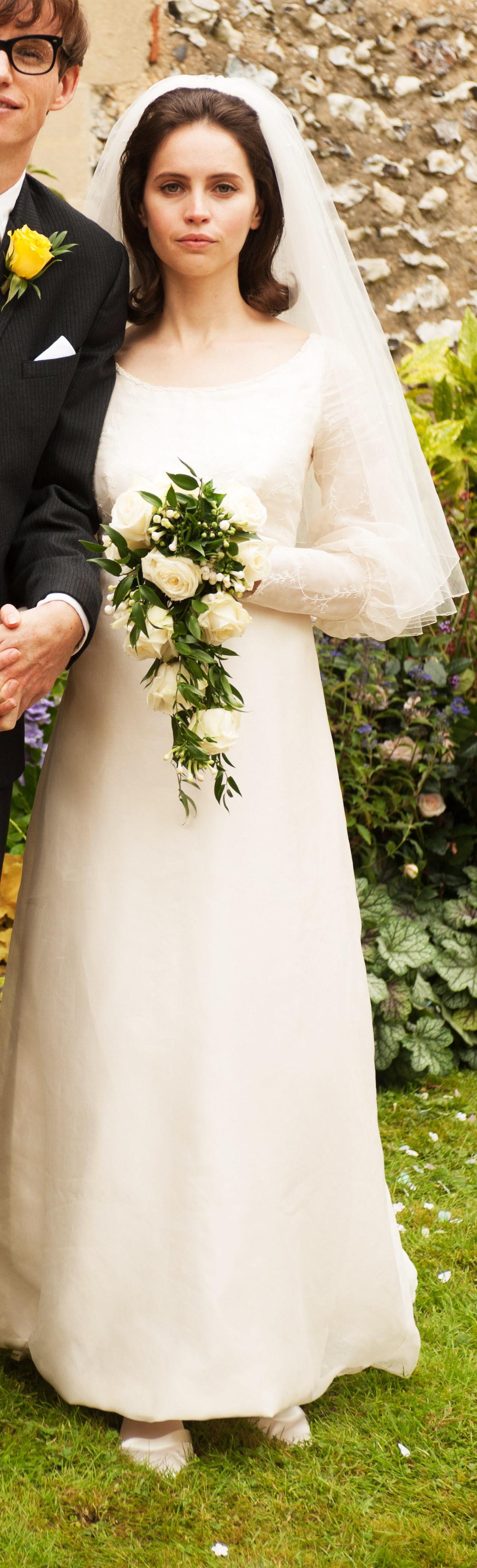 Jane Hawking wearing a wedding dress