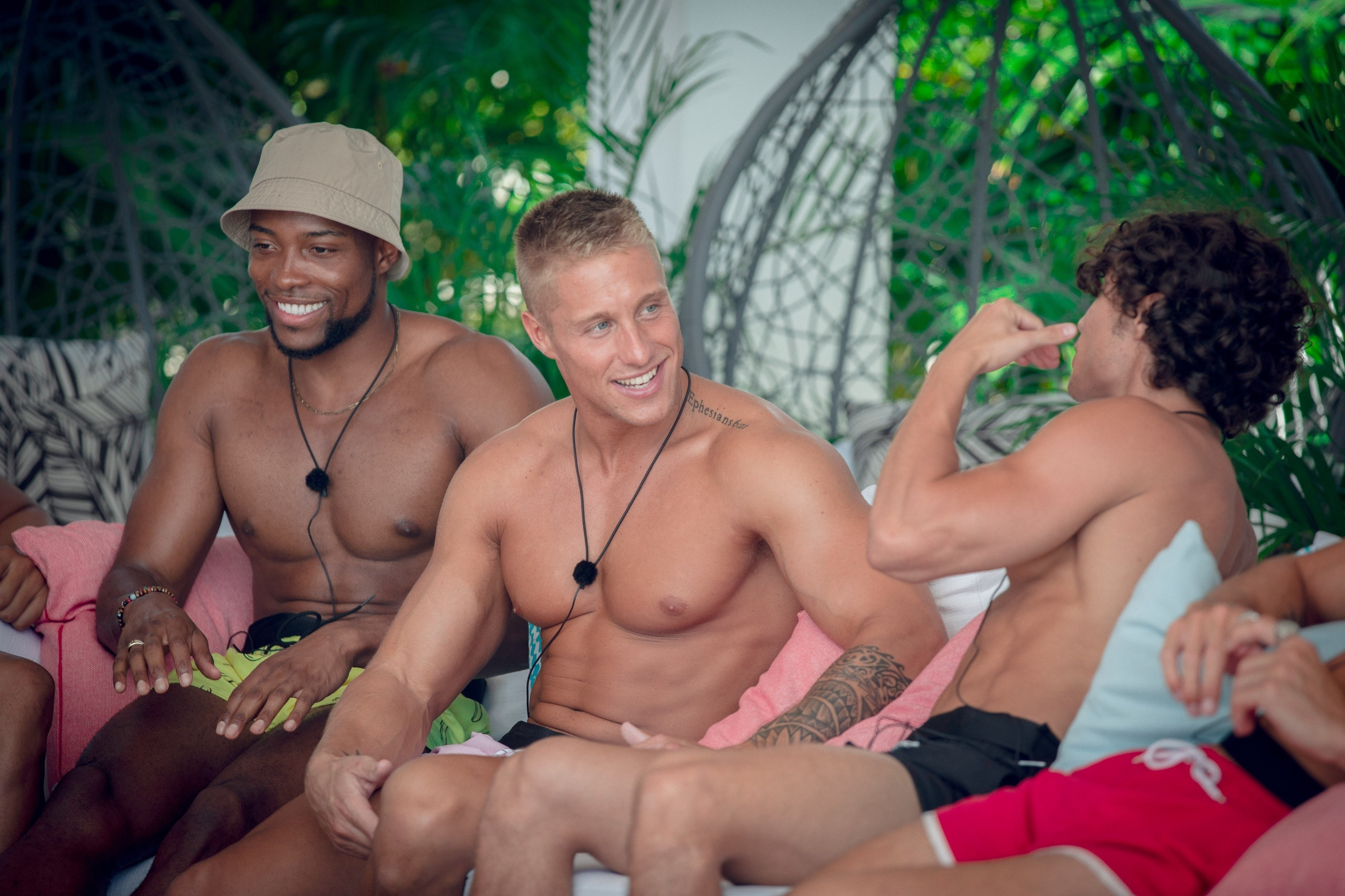 Men from the Too Hot to Handle cast hanging around shirtless