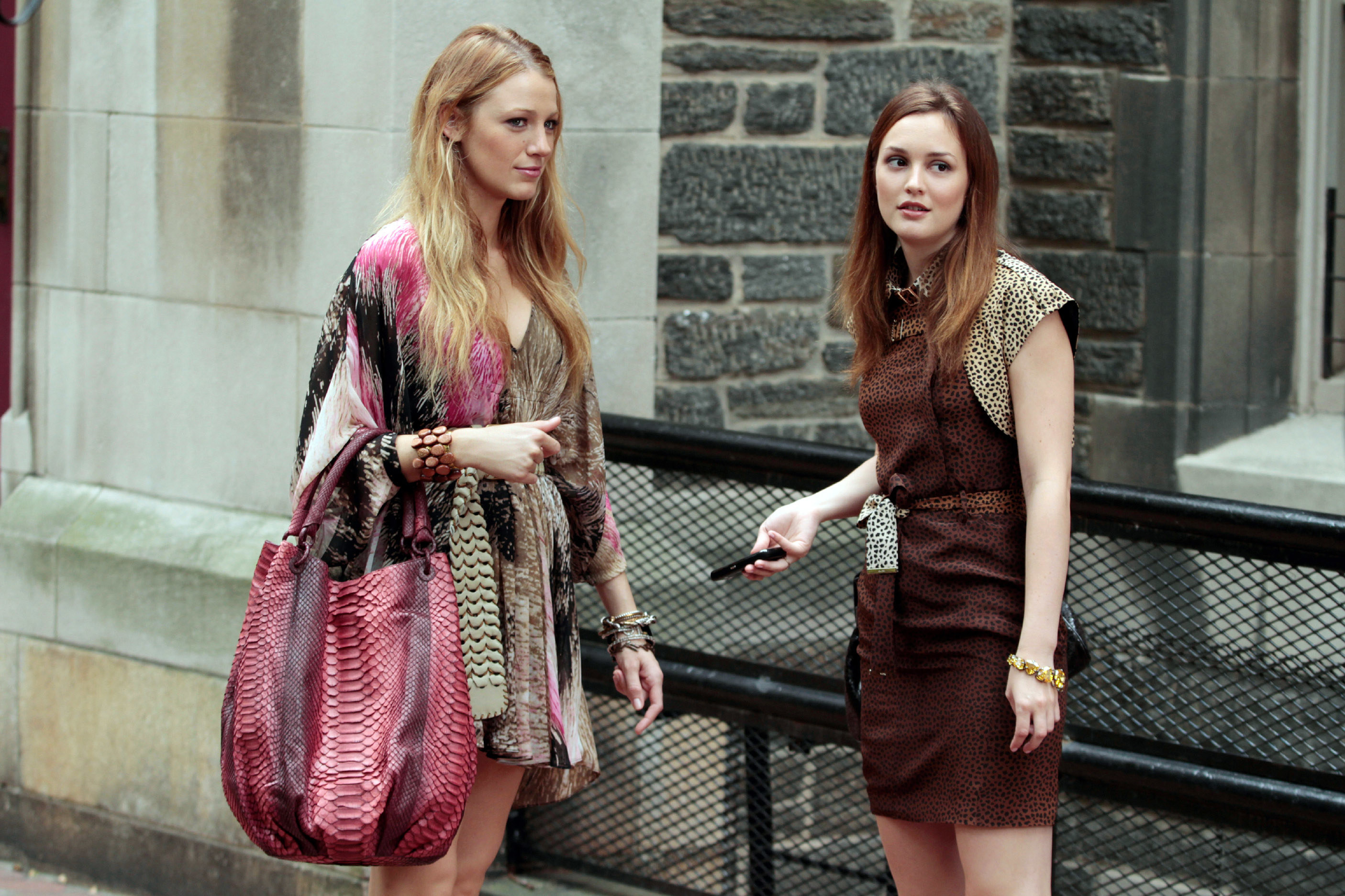 Blake Lively and Leighton Meester in an episode of Gossip Girl