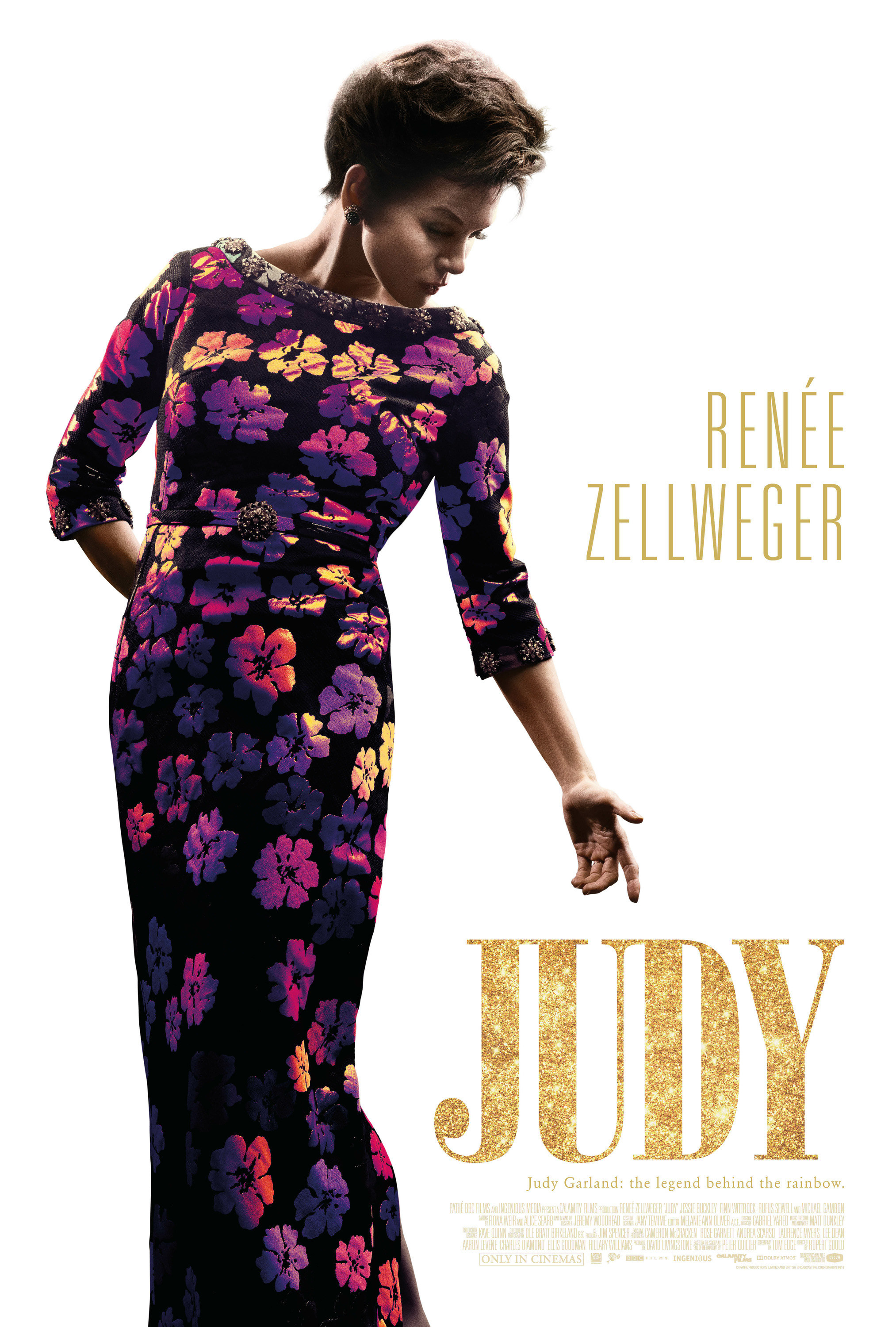 Judy Garland in a long sleeve dress on the film's poster