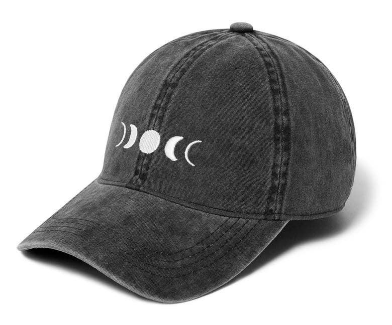 the black baseball cap