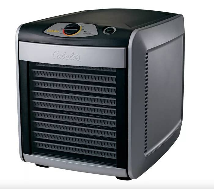 the10-Tray Deluxe Dehydrator in black and silver