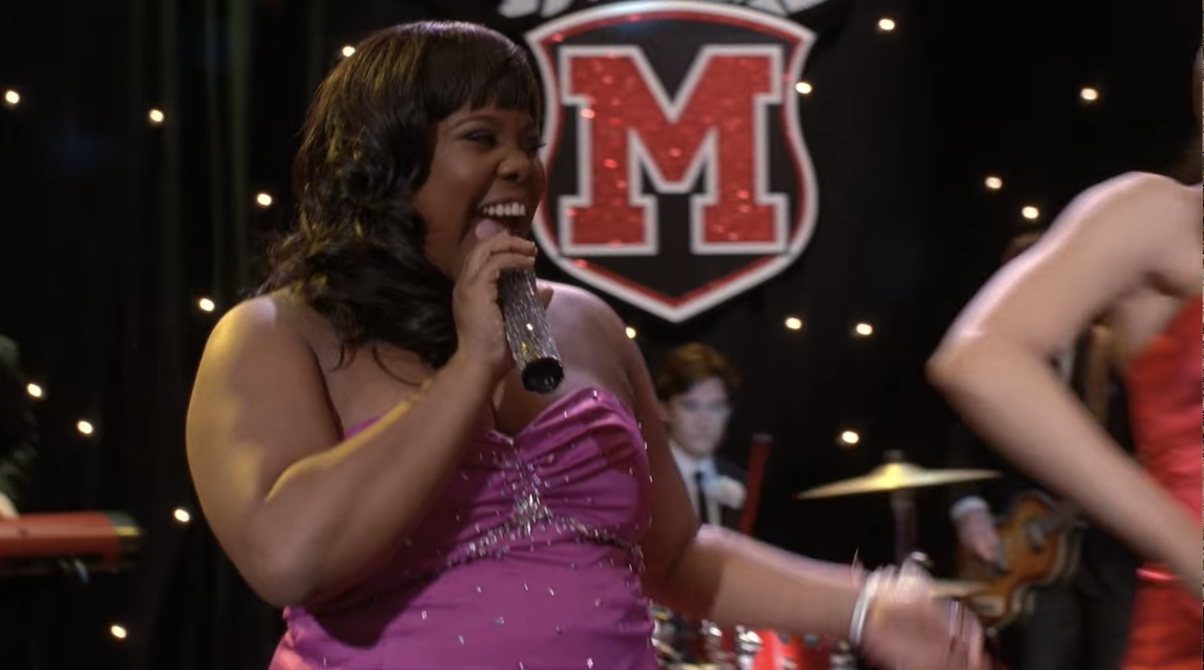 Mercedes singing with Santana