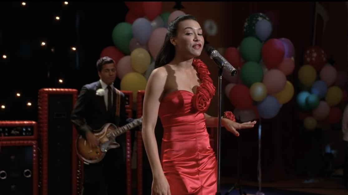 Santana performing at her prom