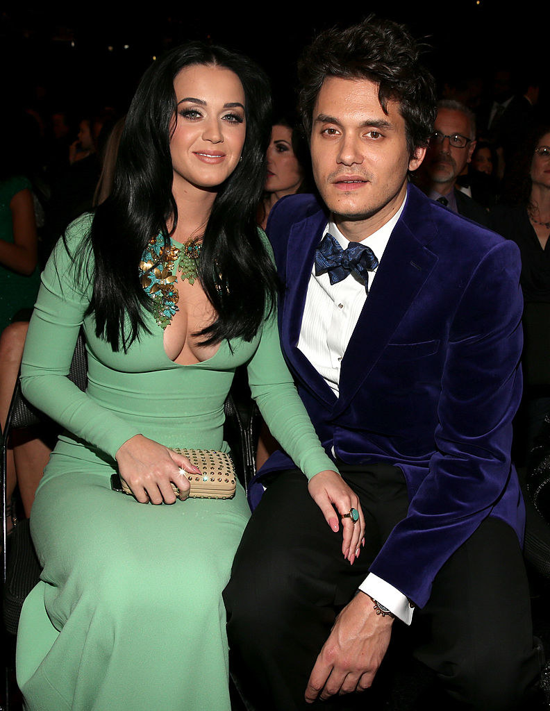 shes in green he's in blue