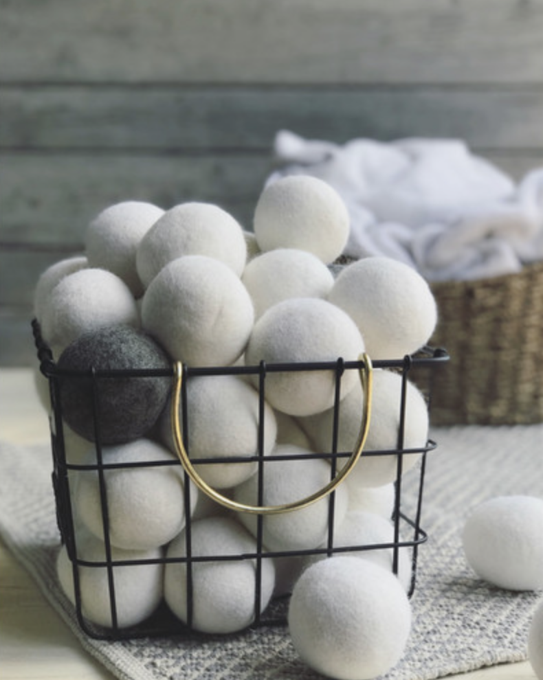 The dryer balls