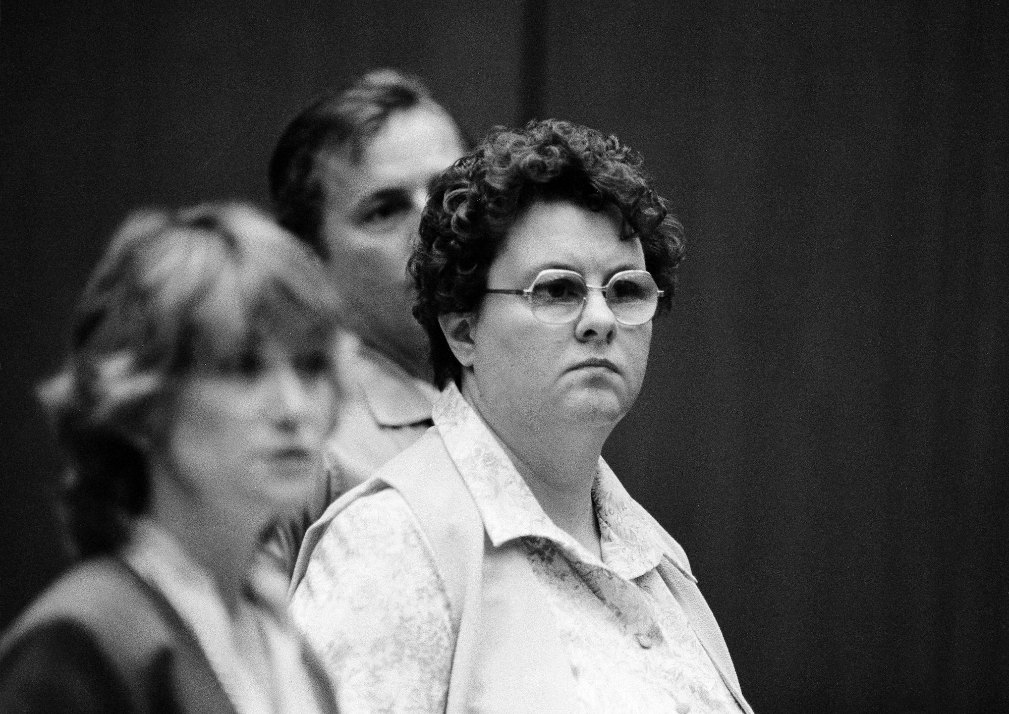 Carol Bundy standing for trial