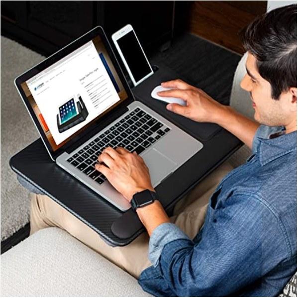 Foto de escritorio portatil en color negro