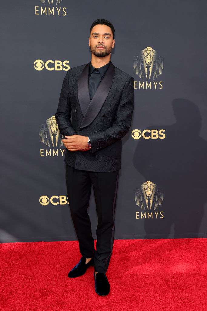 Regé-Jean Page on the red carpet in a black tux