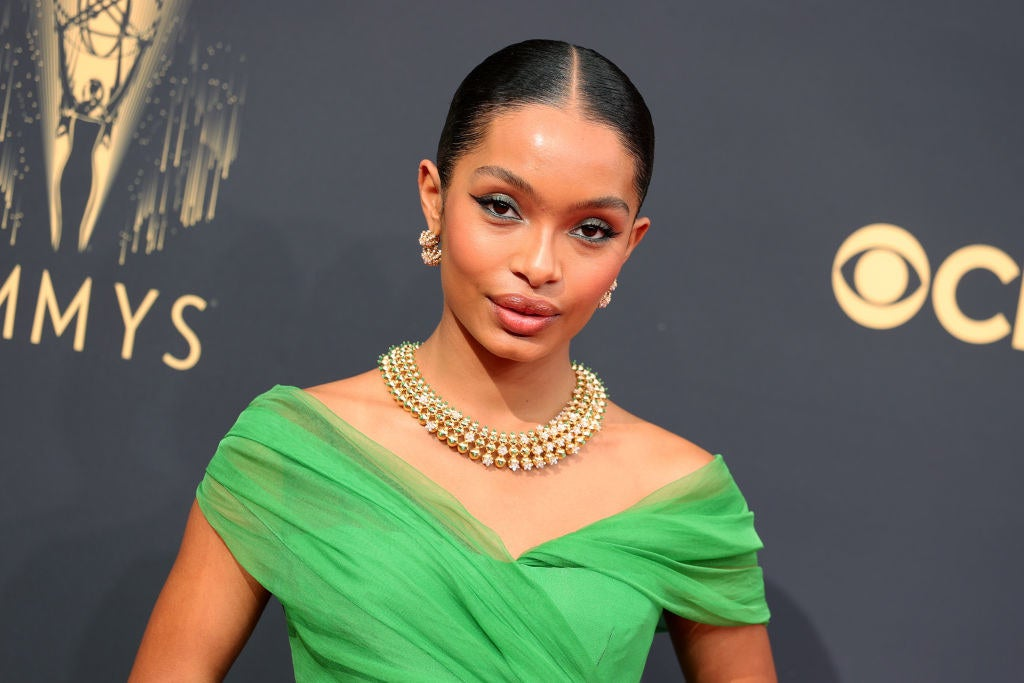 Yara Shahidi Looked Like She Stepped Out Of A Time Capsule At The 2021 Emmy Awards