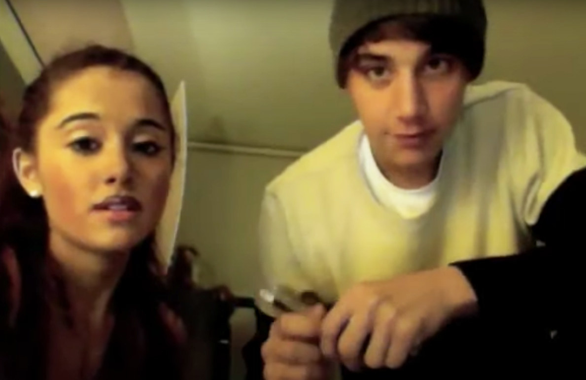 Jai does Ariana's makeup for a YouTube challenge