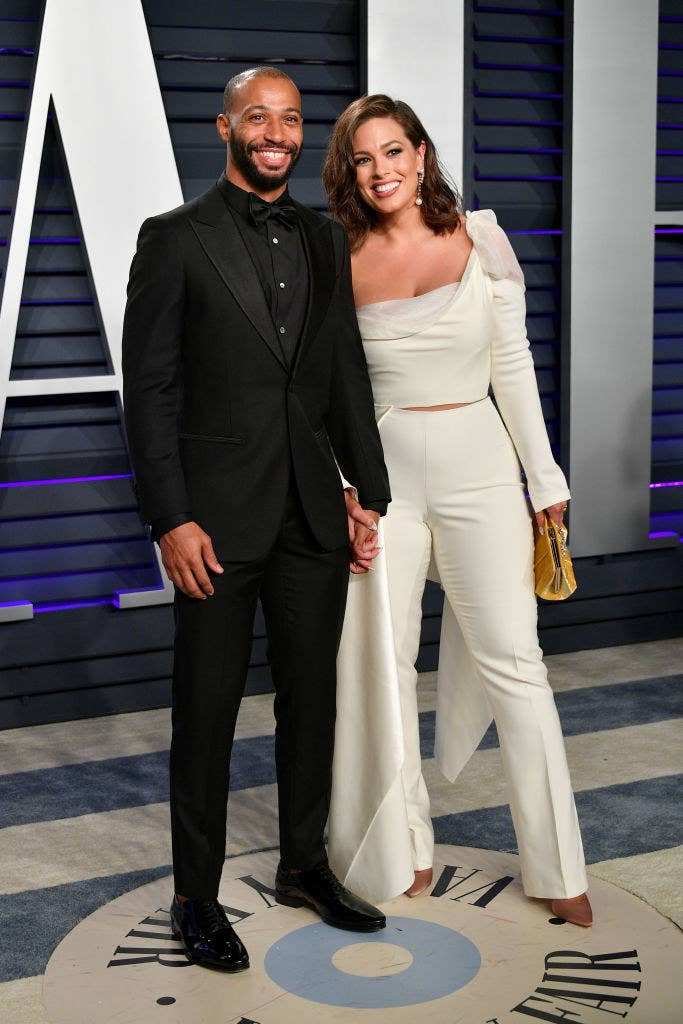 The couple posing at the Vanity Fair Oscars party
