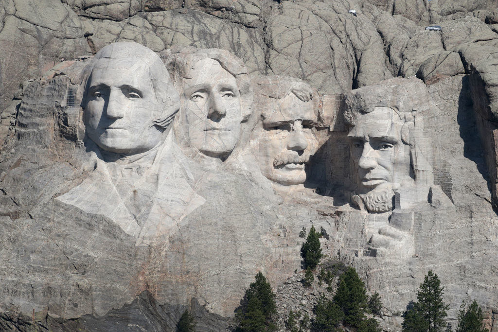four presidents carved into a mountain