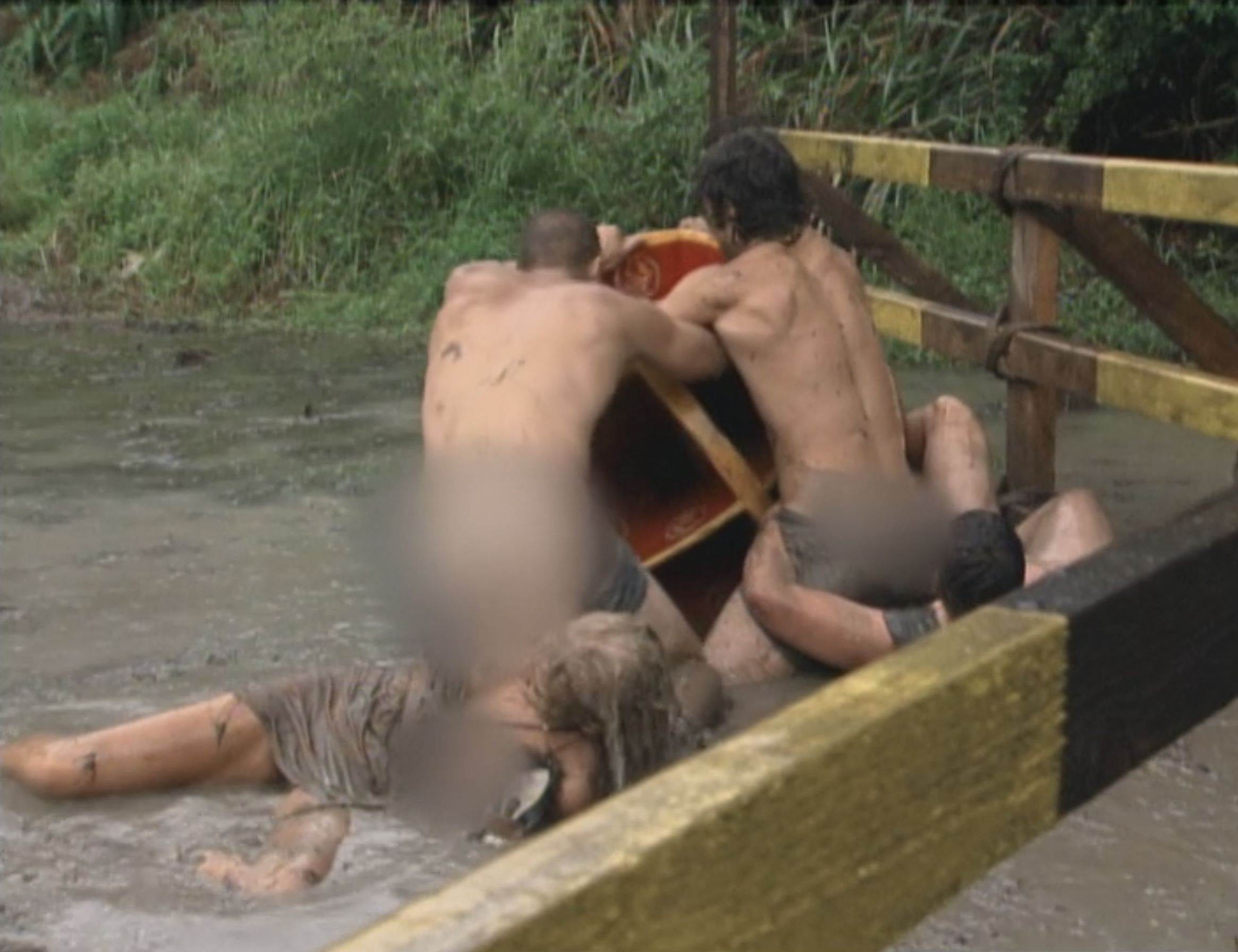 Castaways yank each others clothes off on Survivor: China