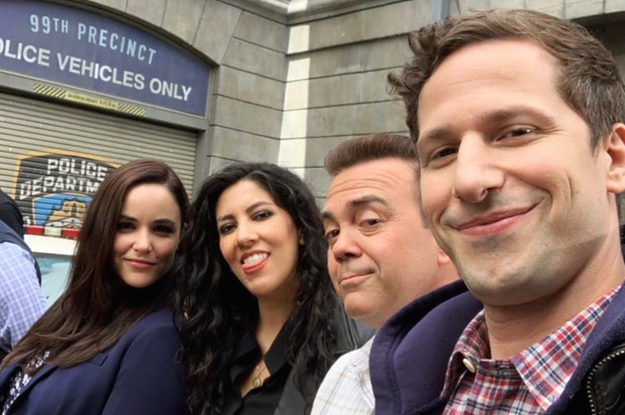 """33 """"Brooklyn Nine-Nine"""" Behind-The-Scenes Pictures Straight From The Cast"""