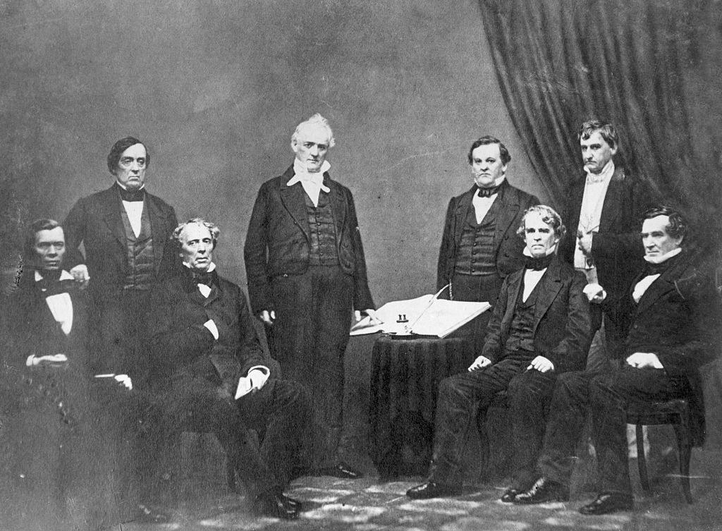 Buchanan posing with his cabinet
