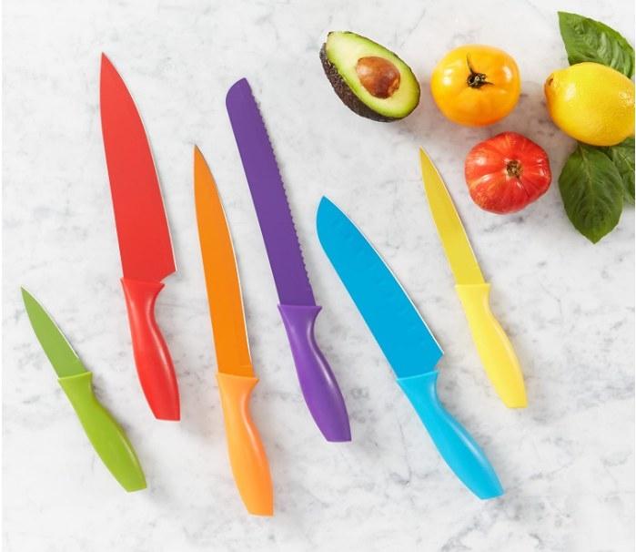 Foto de set de cuchillos de colores