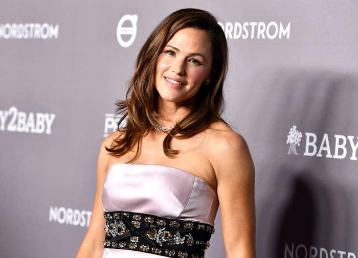 Jennifer Garner attends 2019 Baby2Baby Gala