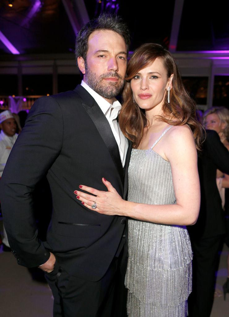 Ben Affleck (L) and Jennifer Garner attend the 2014 Vanity Fair Oscar Party