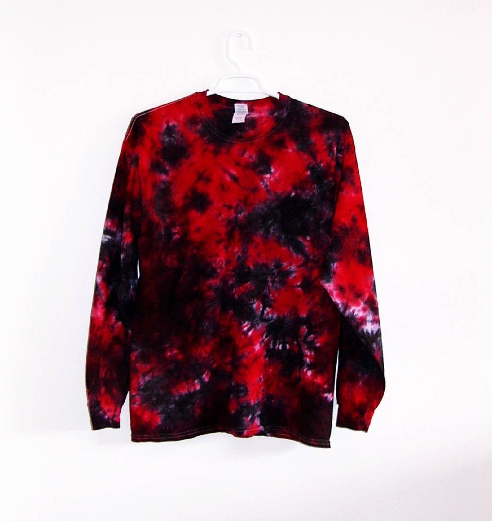 black and red tie-dye long sleeve shirt
