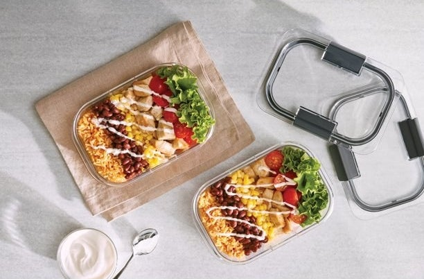 A 18-piece food storage container set
