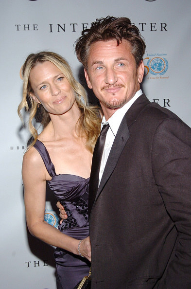 Robin Wright and Sean Penn at an event
