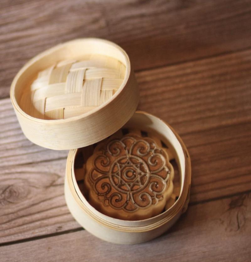 Mini mooncake soap in small steamer