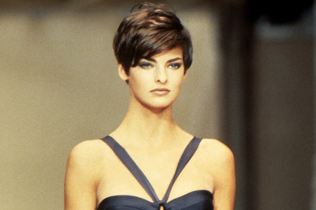 """Supermodel Linda Evangelista Claims That She No Longer Works Because She Was """"Brutally Disfigured"""" By A CoolSculpting Procedure"""