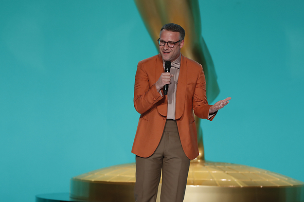 """The Emmys Producers Said That Seth Rogen's COVID-19 Safety Jokes Were """"Unfortunate"""""""