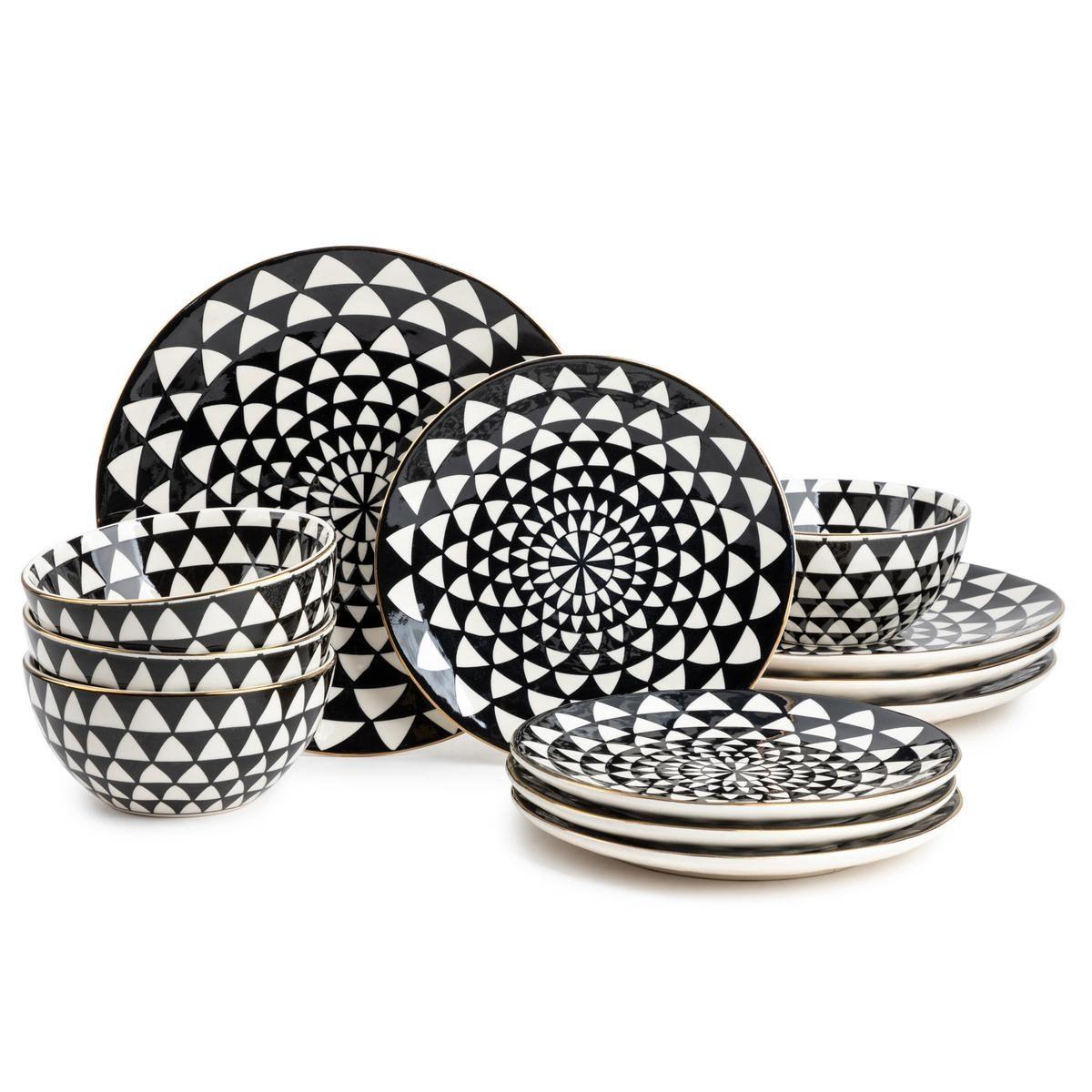 Black and white dinnerware set