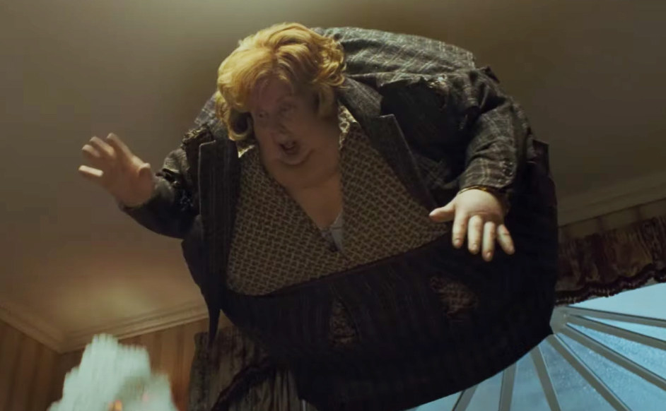 Aunt Marge inflates like a balloon and floats to the ceiling