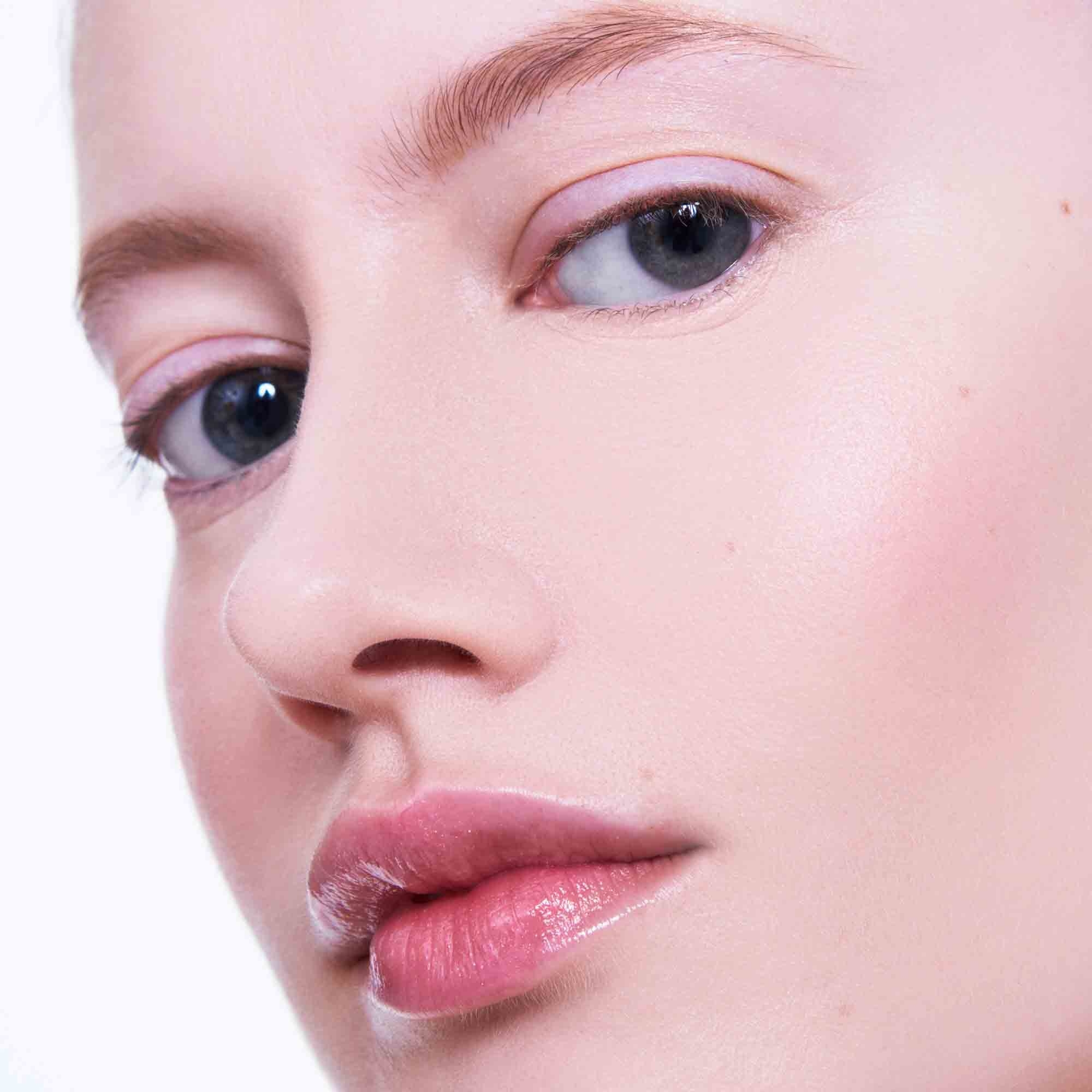 Woman wearing Everyday Great Skin Foundation close up