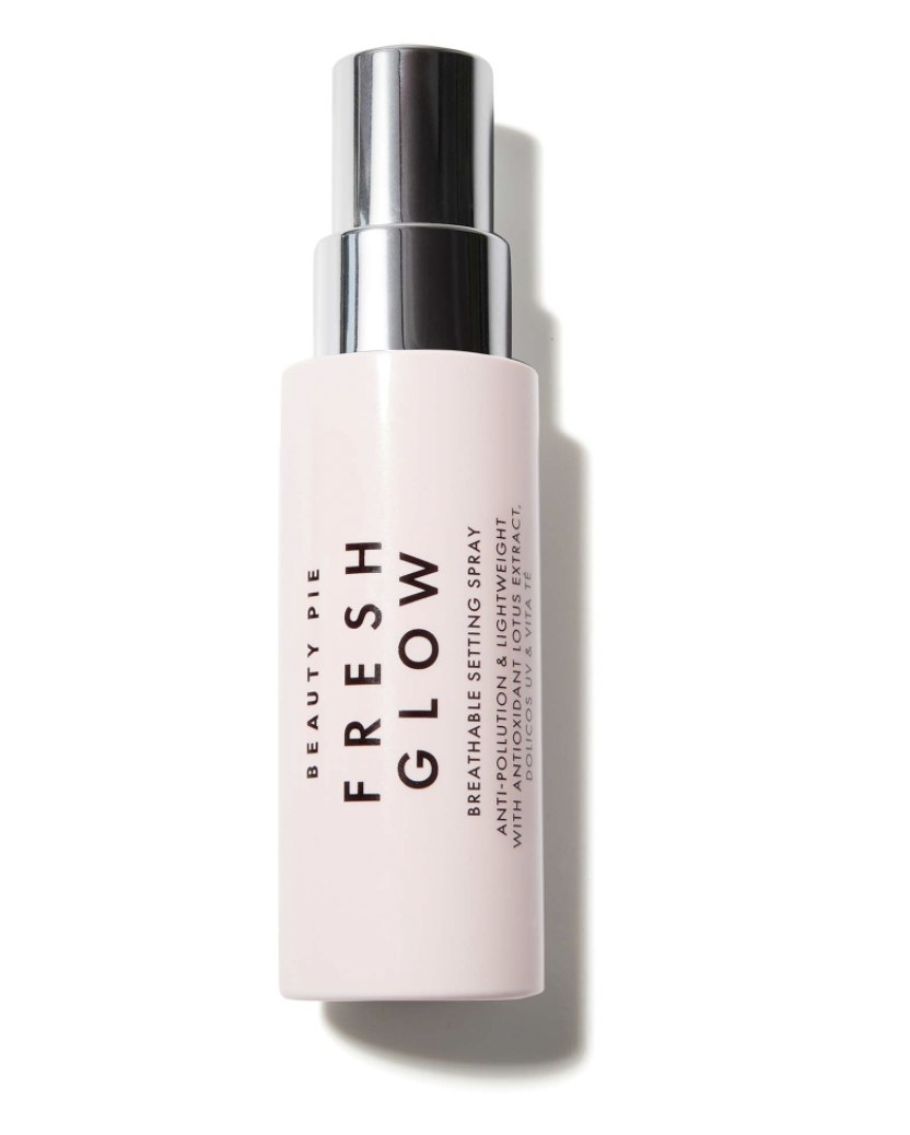 Fresh Glow Breathable Setting Spray product shot
