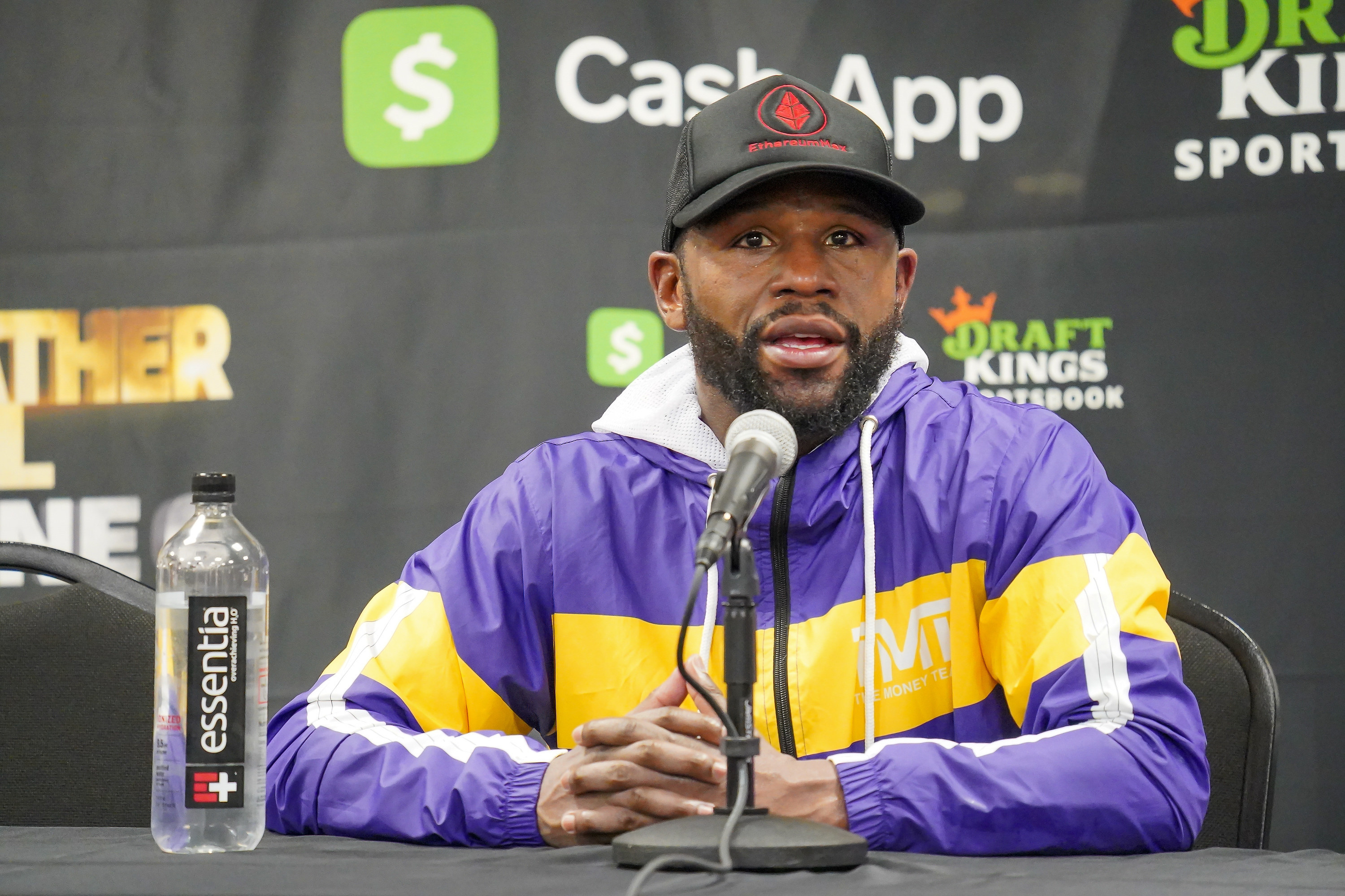 Floyd Mayweather at a press conference