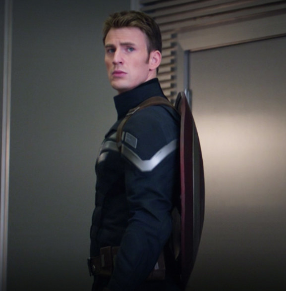 Steve wore a discreet jacket without his helmet