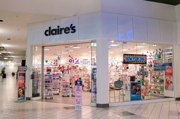 A Claire's at a mall